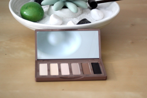 New in : palette Naked Basics