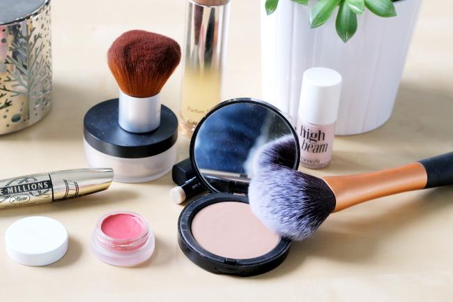 maquillage vanity ski