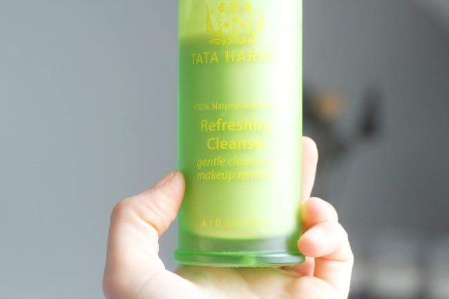 nettoyant tata harper refreshing cleanser