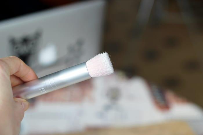 pinceau blush rms beauty skin2skin