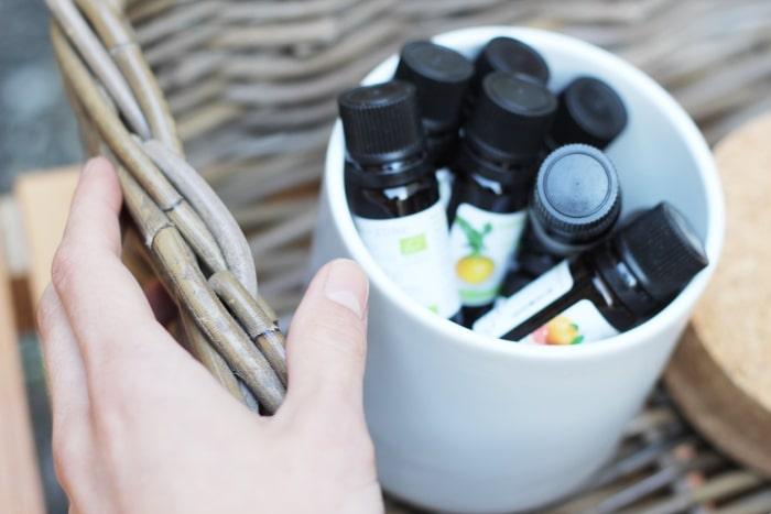 Petit guide des huiles essentielles à avoir chez soi