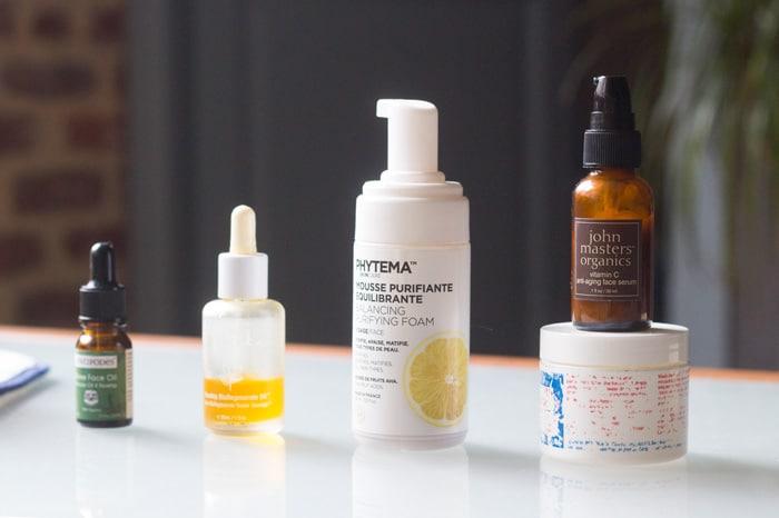 conseils et astuces pour se débarrasser des cicatrices d'acné avec des soins naturels