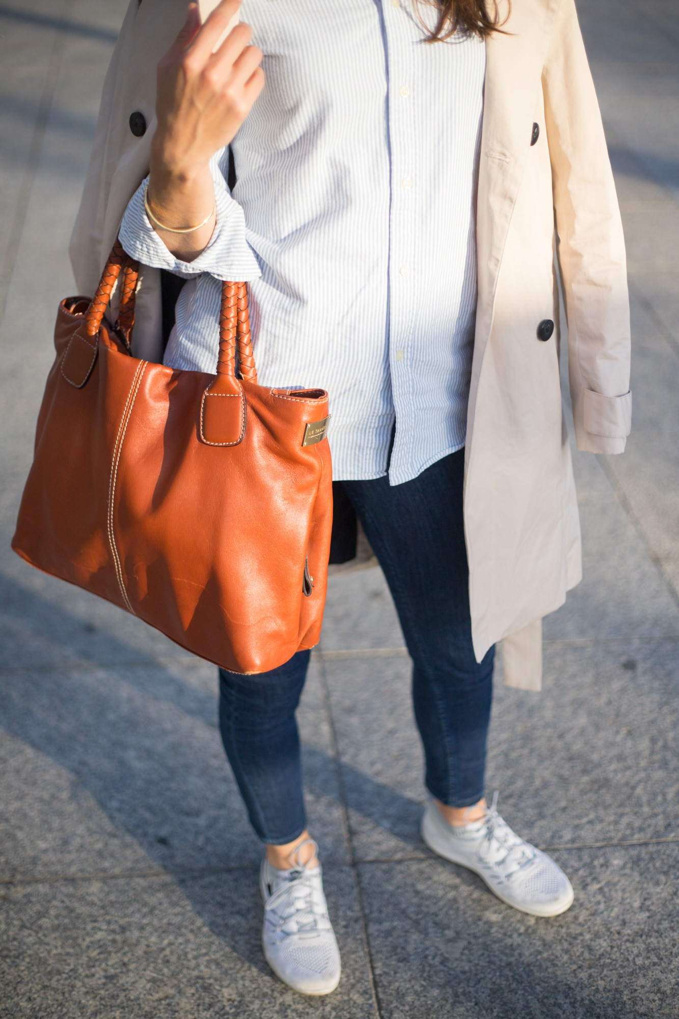 look preppy trench beige